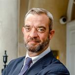 Giles Dilnot